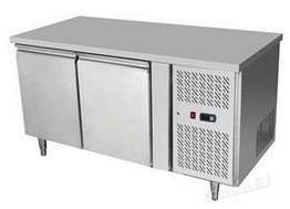 HENDi Asztali hűtőszekrény 2 ajtós, Mérete: 1360x700x(H)850